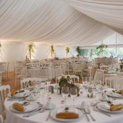 Location de tente velum avec l'ensemble du mobilier pour mariage