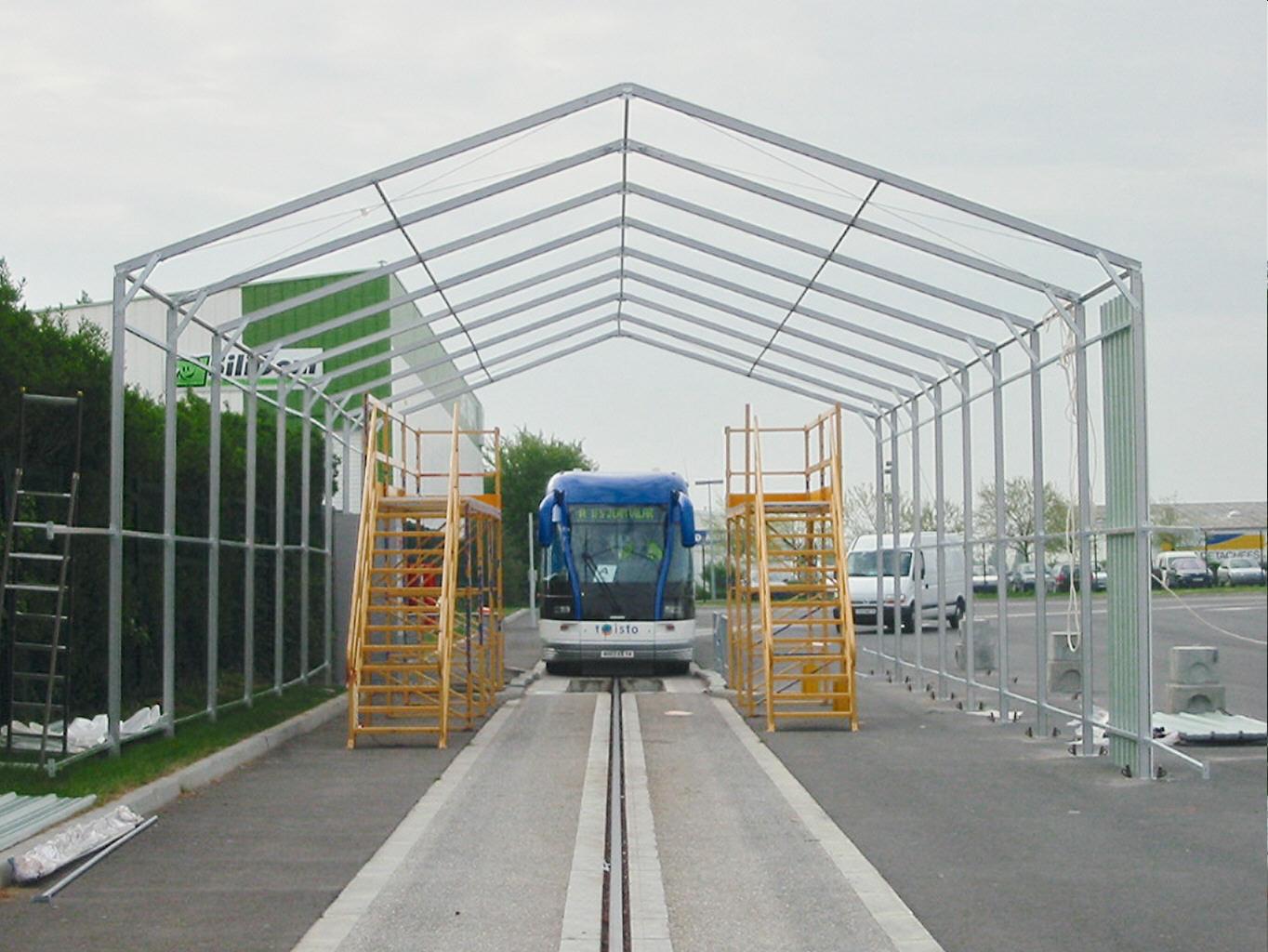 Bâtiments Construction d'une charpente métallique pour la construction d'un hangar de protection pour le Tramway de Caen Basse Normandie